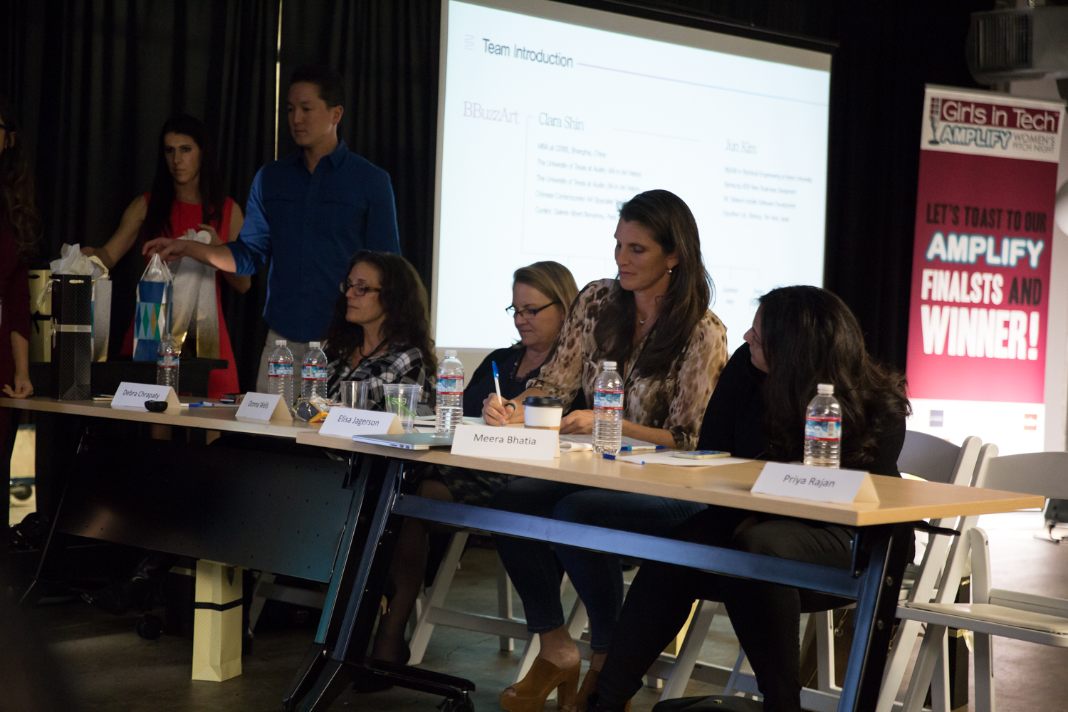 Girls in Tech AMPLIFY Womens Pitching Competition